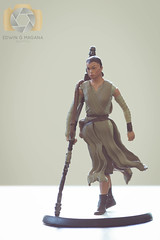 Rey (EGM2002) Tags: california june canon toy toys actionfigure eos is starwars disney socal rey usm southerncalifornia ef 70200mm 2016 ef70200mm f4l canonef70200mmf4lisusm canon7dmkii 7dmkii starwarsepisodevii starwars7 june2016 canoneos7dmkii theforceawakens