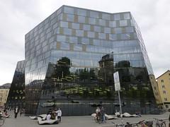 UB Freiburg (muckypuppy) Tags: deutschland germany freiburg breisgau badenwrttemberg architektur architecture spiegel mirror fassade reflection