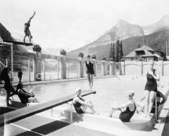 Swimming pool, Chateau Lake Louise, Alberta / Piscine au Chteau Lake Louise, en Alberta (BiblioArchives / LibraryArchives) Tags: mountain canada men pool swimming natation montagne women lac diving alberta lakelouise hommes femmes piscine plonge bac chateaulakelouise departmentofinterior libraryandarchivescanada laclouise divingboards bibliothqueetarchivescanada ministredelintrieur plongeoirs chteaulaclouise