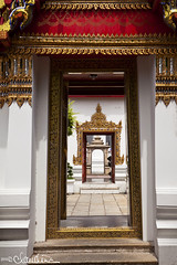(by claudine) Tags: bangkok buddhism recliningbuddha religion temple thailand travelphotography watpho illusion door entry entrance walkway red gold courtyard exotic expat travels asia culture tourist attraction flickrchallengegroup flickrchallengewinner
