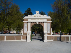 345 - Queenstown War Memorial