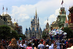 IMG_7899 (UUOPDarren) Tags: world starwars orlando florida magic kingdom disney hollywood studios starwarsweekends