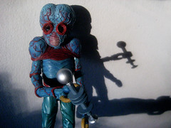 Alien Metaluna Mutant from This Island Earth 0971 (Brechtbug) Tags: metaluna mutant with wall shadow from film this island earth action figures space alien villains movie blue creature monster universal insect bugs scifi science fiction galaxy universe meta luna mutants veins mars shackles handcuffs big brain evil bug 2013 toys toy red weapon