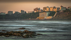Biarritz, Cte des Basques. (Jrme Cousin) Tags: sea mer beach nikon des 64 cote nikkor vague vagues plage pays basque euskadi bayonne biarritz bab 18105 ocan euskal herria basques anglet herri ilbarritz d5000