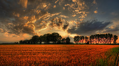 glory in heaven ( Explore ) (rinogas) Tags: sunset italy cloud evening piemonte cuneo roero sommarivadelbosco rinogas thephotographyblog