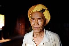 The Accordion player (Ronan THENADEY) Tags: portrait mountain canon village burma oldman myanmar burmese granfather birman birmanie kalaw accordionplayer 1635mmf28l 5dmarkii