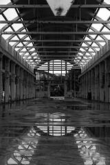 Ossature // Frame (J-BD) Tags: blackandwhite france industry water concrete eau europe factory ledefrance noiretblanc decay usine abandonned flaque industriel abandonn bton hautsdeseine 2013 jbd