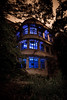 マヤカン / Maya Hotel (Ilko Allexandroff / イルコ・光の魔術師) Tags: 神戸 ホテル 夜 不思議 ilko 廃墟 strobist ストロボ 摩耶観光ホテル マヤカン allexandroff