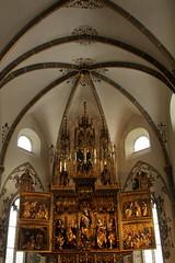 Sptgotischer Hochaltar Marienkirche Mnster ( Pfarrkirche - Kirche - Church - Eglise - Chiesa => 13. Jahrhundert ) im Dorf Mnster VS im Goms - Obergoms im Kanton Wallis - Valais in der Schweiz (chrchr_75) Tags: church schweiz switzerland suisse swiss kirche chiesa christoph svizzera wallis eglise januar valais 2014 suissa chrigu goms 1401 janaur obergoms chrchr kantonwallis hurni chrchr75 chriguhurni kantonvalais chriguhurnibluemailch albumkirchenundkapellenimkantonwallis januar2014 hurni140113 kirchegoms kircheobergoms