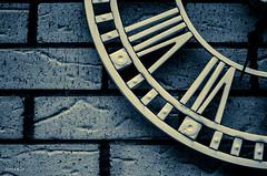 Garden Clock (BGDL) Tags: wall scotland brickwork ayrshire niftyfifty gardenclock macromonday 7daysofshooting mossblown nikond7000 bgdl lightroom5 nikkor50mm118g week33linesandcurves