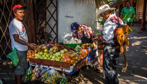 2014 - Zihuatanejo - Paseo del Pescador Street Vendors