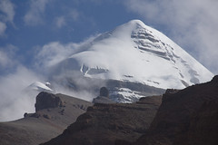 All mighty Kailash, Tibet 2015 (reurinkjan) Tags: tar 2015 tibetautonomousregion tsang  tibetanplateaubtogang tibet snowmountaingangsri mountainpeakrirtse natureofphenomenachoskyidbyings landscapesceneryrichuyulljongsrichuynjong mtkailashmounttisegangsrinpoche kailashsnowmountaingangstese ribotesetisesnowmtribotirtse mountainsacredgnasri naturerangbyungrangjung purangcounty precioussnowmountain landscapepictureyulljongsrimoynjongrimo landscapeyulljongsynjong mountaintoplaka tisesnowmttgangrinpoch earthandwaternaturalenvironmentsachu mountainrangeofmounttisegangsteseirirgyudgangtserigy mtkailashkelasha ninestackedsvastikasyungdrunggutsekbon fromtisesnowmtinfourdirectionsflowingfourriversefromalionsmouthgangaspeacocksindhuwhorsepakshuyarklungsgtsangponlionsitakhababbzhi tibetanlandscapepicture janreurink