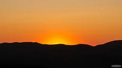 Simple Mountains Background at sunset (Astro☆GuiGeek) Tags: sunset sky sun mountain france montagne skyscape landscape soleil landscapes ciel alsace paysage crépuscule paysages vosges coucherdesoleil t3i 600d canonphotography eos600d canoneos600d rebelt3i astroguigeek