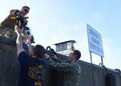 160523-N-JY474-043 (CNE CNA C6F) Tags: sailors eod usn lithuania nato ordnance multinational unitedstatesnavy klaipedia partnershipforpeace eodmu8 uuv unmannedunderwatervehicle openspirit2016