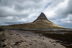 Kirkjufell, péninsule de Snæfellsnes (mgirard011) Tags: europe islande lieux péninsuledesnaefellsnes vesturland is 600faves
