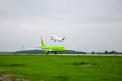 DME Airport Spotting (Andrey Wild) Tags: plane airplane airport emirates spotting dme s7 domodedovo