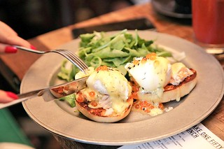 Hot Smoked Salmon Eggs Benedict