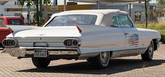 Oldtimer Cadillac (Zarner01) Tags: auto white car digital canon germany deutschland eos outdoor cadillac l oldtimer usm weiss cabrio 70200 ef 56 fahrzeug mecklenburgvorpommern lro dbr baddoberan heckflosse amischlitten weisswandreifen americaner kfzwerkstatt canoneos750d hlnnies