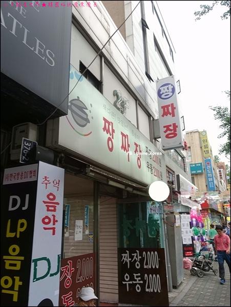 東廟前站鬧區 (3).JPG