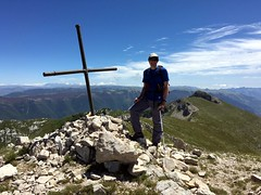 Me on the summit of Monte del Passeggio (2064m) with Pizzo Deta behind (Photo: Edita Nichols) (markhorrell) Tags: walking lazio apennines montiernici