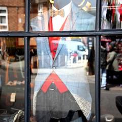 Potobello Cut (lookaroundandsee) Tags: london nottinghill potobello shopping