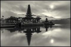 Ulun Danu-3-BW (jenkwang) Tags: bali indonesia temple landscapes pentax places ulun danu k1