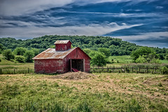 a barn on the long road to nowhere.... (petec1113) Tags: barn shed galena illinois trees sonya7 clouds backroads blackjackrd hills valley farm