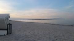 Abends an der Ostsee (Manuela Vierke) Tags: summer beach juni strand deutschland abend sommer natur himmel balticsea insel rgen isle ostsee strandkorb mecklenburgvorpommern abends 2016 geramny meckpomm prorerwiek