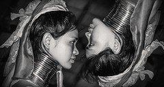 Padung (David Bokeh) Tags: portrait blancoynegro girl thailand retrato tailandia bn thai chicas tribe paudng