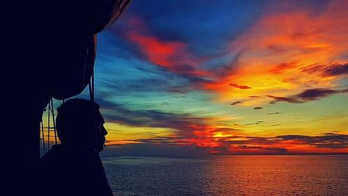 #Sunrise          #BoatRide #TransAsia #ChasingSummer #Wanderlust #Travel #Camiguin #Philippines #TravelPH  #XaveeInCDO16 #Weekend  #ByaheeNiXavee #TheDentistIsOut #phoneography #vscocam #POTD#VSCO