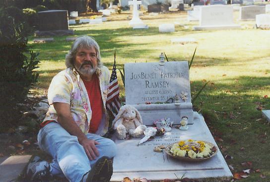 Skip Williamson JonBenet Ramseys grave 3