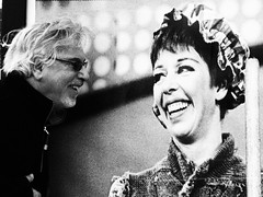 Lovey and Carol Burnett share a laugh.... (DRUified) Tags: rebeccadruphotography jerryepstein lovey carolburnett sharealaugh laugh laughter laconventioncenter losangeles thebigphotoshow getolympus olympuscamera iwanttobeanolympusvisionary olympusomd olympusem1 olympusem5 druified thesoulphotographer