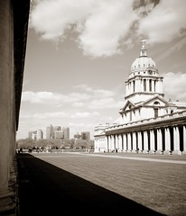 (LRO_1) Tags: city blackandwhite london blackwhite nikon greenwich docklands canarywharf d60 blackandwhitephoto nikond60 blackwhitephotos royalnavalcollegechapel royalboroughofgreenwich camerabag2