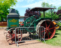Tracteur Advance-Rumely Oil Pull type H16-30 (USA, 1917) (Cletus Awreetus) Tags: tractor oldtimer tracteur rumely oilpull machineagricole matrielagricole advancerumely h1630