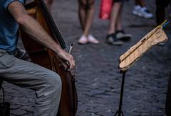 Street Bach (sensdessusdessous) Tags: street roma canon eos strada musica 5d piedi sampietrini artista vecchio emozioni molletta markiii violoncello spartito leggio ingiallito astanti