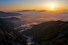 A red sea (Yoshia-Y) Tags: fog sunrise day japannorthalps mtkaramatsu