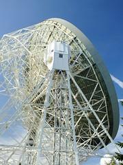 Jodrell Bank Radio Telescope (mervyn_w) Tags: startrek starwars cheshire space aliens communication jodrellbank futuristic manchesteruniversity radiotelescope skywatching sirbernardlovell yesterdaysfuture