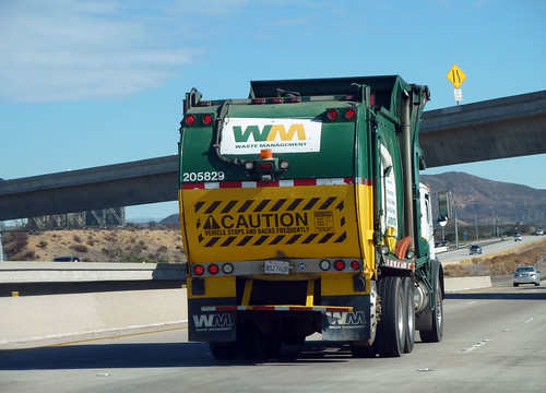 WM Garbage Truck (1)
