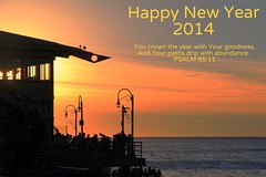 Happy New Year 2014 (Blanca Rosa2008 +3,500,000 Views Thanks to All) Tags: light sunset sea sky orange naturaleza sun seascape beach nature yellow clouds marina fire golden coast silhouettes oceanview canoneos60d zstincer