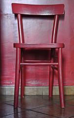 posto a sedere (Mademoiselle LeCorbeau) Tags: red roma chair sedia testaccio