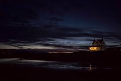 house, Fort Casey, Washington, USA (Plan R) Tags: leica sunset house night dark coast washington fort dusk battery summilux m240