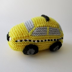 New York Taxi (Knitting patterns by Amanda Berry) Tags: nyc boy newyork amanda cars apple boys car yellow toy toys big berry knitting pattern handmade crafts cab taxi transport knit taxis fluff yarn knitted cabs fuzz loveknitting