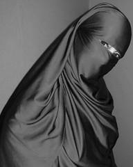 BiB (Fia by Marv) Tags: woman scarf eyes veiled veil hijab augen oriental frau niqab schleier tcher verhllt verschleiert