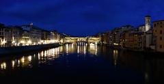 Florenz bei Nacht011 (Roman72) Tags: italien architecture stadt architektur firenze nightshots oldcity ville florenz nachtaufnahmen