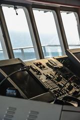 Commande (Dorian Duplex) Tags: voyage mer ferry port soleil corse peinture reflet ciel maritime cote bateau paysage navigation controle signe symbole vitesse geometrie ecume coque navire manoeuvre traverse carene commande commandant sillage arseille