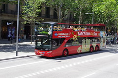 IMGP1303 (Steve Guess) Tags: barcelona bus spain open top sightseeing spanish topless catalunya topper