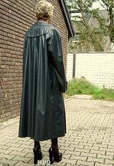 Kleppermode (hpdyko) Tags: fashion raincoat regenmantel kleppermantel kleppermode