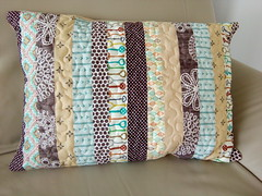 Key-to-my-heart-quilt_000008 (irina_vykhrestiuk) Tags: modern quilt handmade homemade twin kid child patchwork bedding bed quilting memory throw