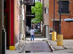 Doerr Alley (Travis Estell) Tags: ohio alley downtown cincinnati smoke cbd centralbusinessdistrict doerralley downtowncincinnati alleysofcincy doerralleycincy