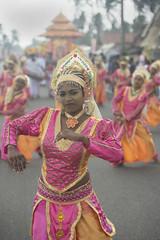 Sri Lanka dance (Photosightfaces) Tags: colour festival dance dancers dancing sri lanka srilanka srilankan hikkaduwa lankan perahara